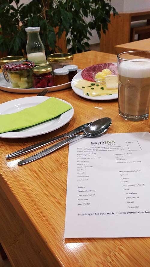 Frühstück im Hotel in Esslingen